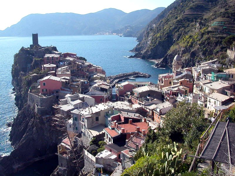 town of vernazza in cinque terre