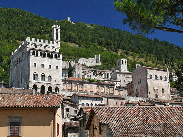 Bike Tour Umbria Gubbio Italy