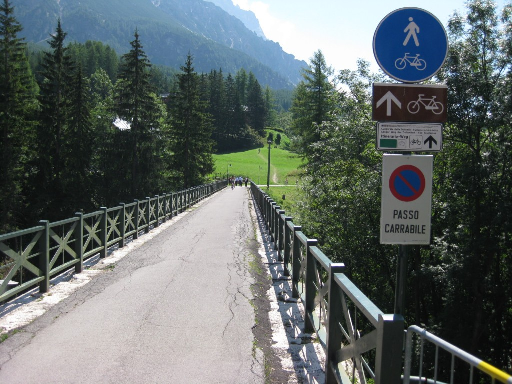 bike touring cortina to cadore